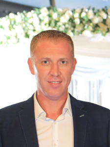 Profileimage by Alexander Zhirov Data Solutions and Analytics Expert from Berlin