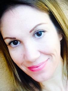 Profileimage by Alexandra Kiss Professional Translator from