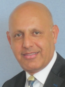 Profileimage by Mahmoud Tadjallimehr IT- Projektleiter, Programm-Manager, Management-Berater; DevOps Leader, Interim-Manager from Koeln