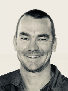 Profileimage by Mike Back B2B Strategic Marketer from Seaford