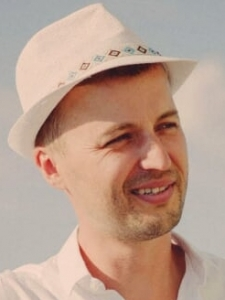 Profileimage by Przemek Tranda Full Stack Developer / Web Developer Javascript, vue.js, node.js / Senior from Essen