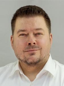 Profileimage by Simon Kock Senior UX designer and Digital Architect from Koeln