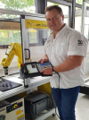 Profile picture by   Industrieroboter Programmierer (FANUC)